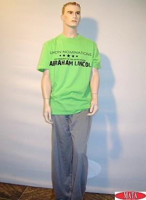 Camiseta verde 10334 y pantalón gris 04943